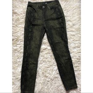 Fashion Nova Always On The Move Skinny Jeans
